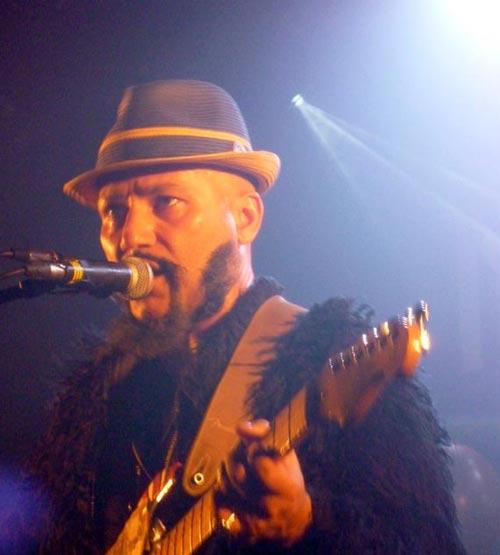 Elyas Khan